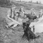 v.l. Marianne Gläßer geb. Kaspar, Ise Schuster, Agnes Mockenhaupt geb. Zimmer und Helga Heuchemer